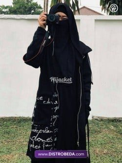 Artis-Pakai-Hijacket-12-kayla.nadira